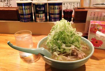 【道央】【食記】不知從何吃起的蔥山拉麵 ,喜來登拉麵